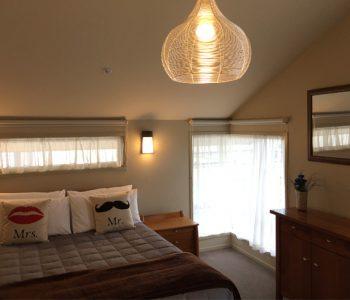 Bedroom-suite-350x300